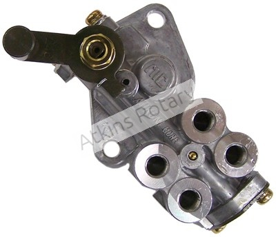 84-88 13B Rx7 Oil Metering Pump (N246-14-600)